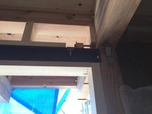梁の鉄骨強化作業完了