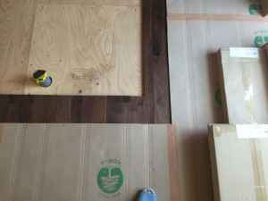 無垢の床貼り完成