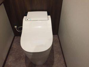 トイレの電気設備(アラウーノと勝手にスイッチ)