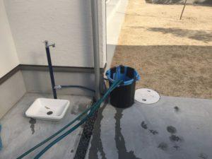 外構を高圧洗浄機で清掃