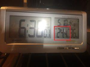夜には室温が28度に!