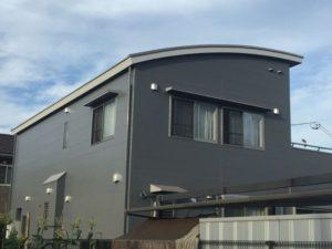 半円形の屋根のお家