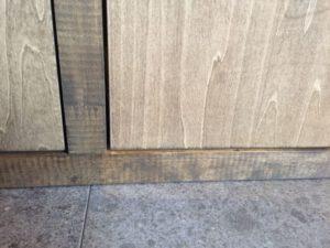1年点検と造作家具の開き扉の調整