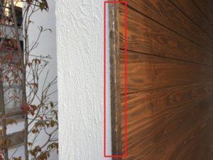 西側玄関の横壁の劣化