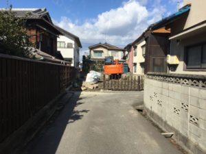 近所で解体工事