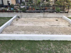 菜園スペースに野菜を植えました