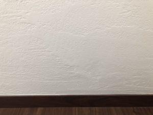 やっちもうた!漆喰壁の補修!