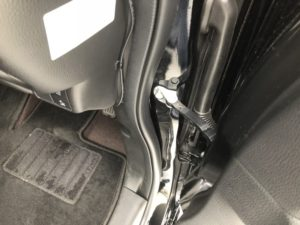 新型N-BOXにカーボン柄ドアストライカー&ドアヒンジカバーを装着